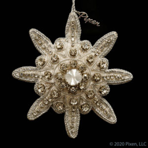 Labyrinth Star Ornament in White and Silver